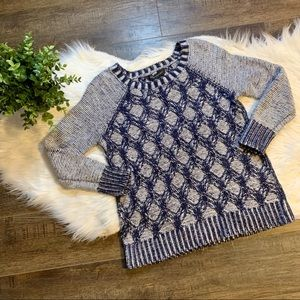 Banana Republic knit diamond sweater